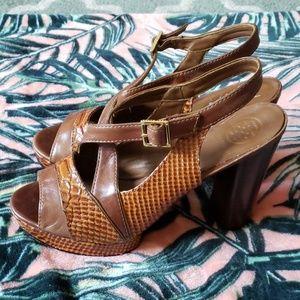 TORY BURCH Tan Peeptoe Heels Size 9 1/2